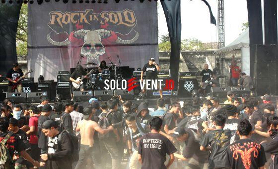 debu tak halangi rock in solo-prev__