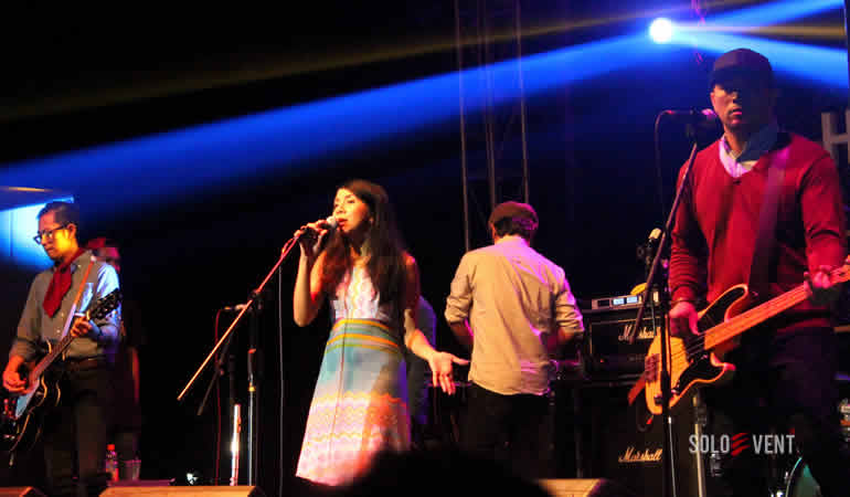 MOCCA BAWAKAN LAGU-LAGU HITS DI KONSER HEAVEN ON STAGE 2015