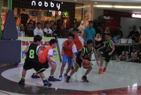 basket-on-mall