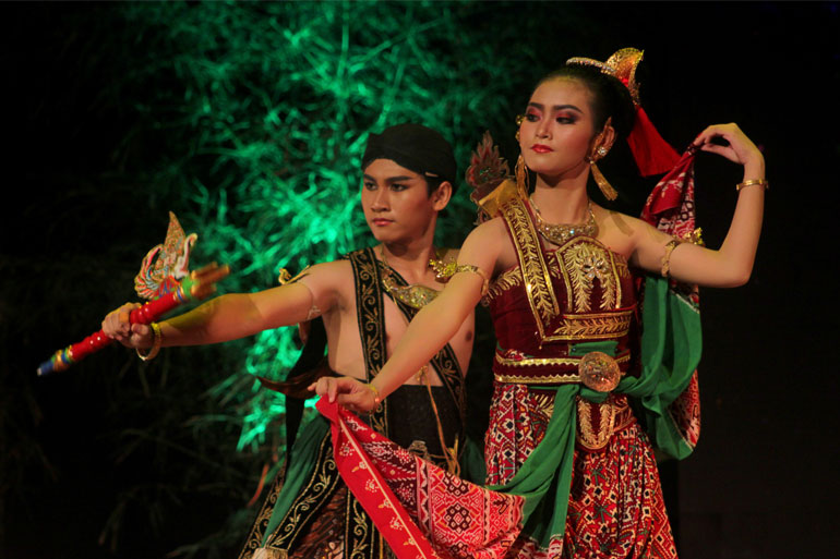 SEMARAK-BUDAYA-INDONESIA