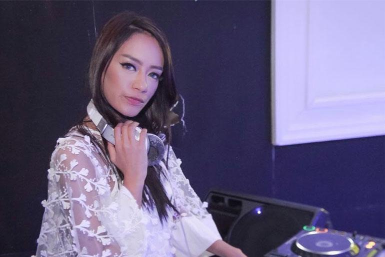DJ-FREYA-01