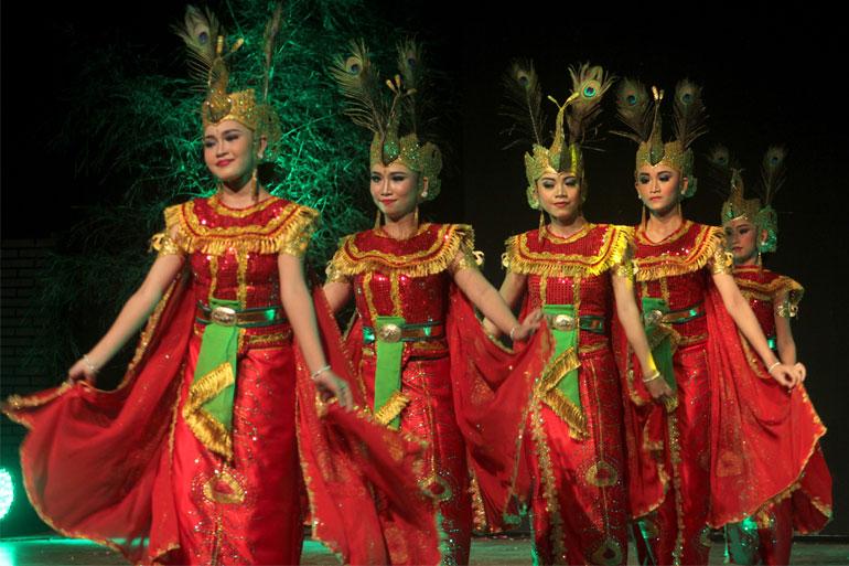 SEMARAK-BUDAYA-INDONESIA-05