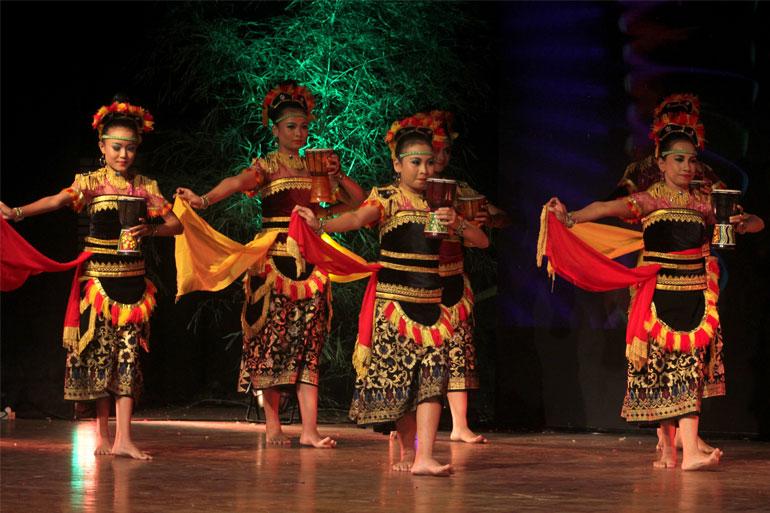 SEMARAK-BUDAYA-INDONESIA-11