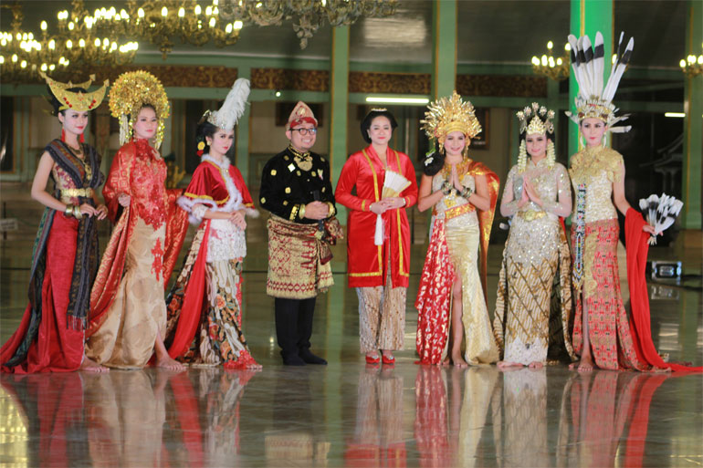 FESTIVAL-PAYUNG-001