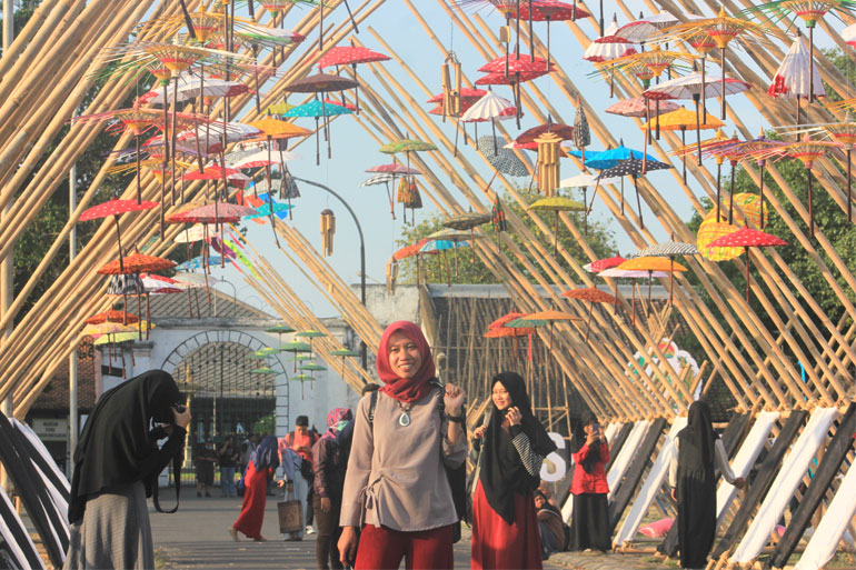 FESTIVAL-PAYUNG-SOLO-03
