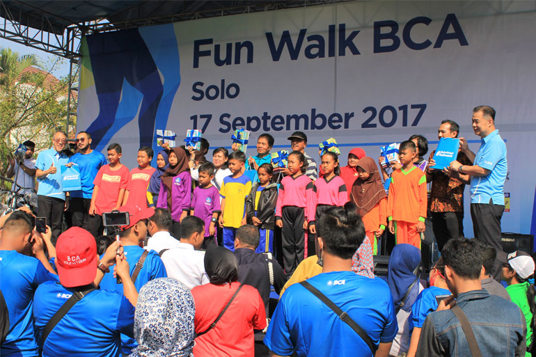 FUN-WALK-BCA-16