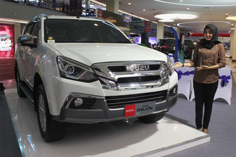 ISUZU-NEW-MUX-001
