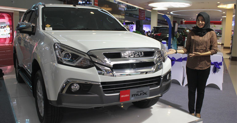 ISUZU-NEW-MUX-01