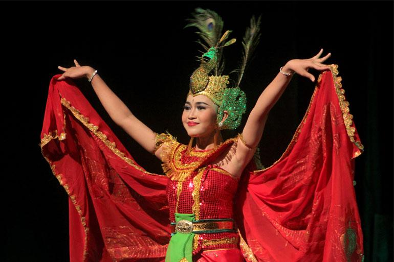 05 SEMARAK BUDAYA INDONESIA
